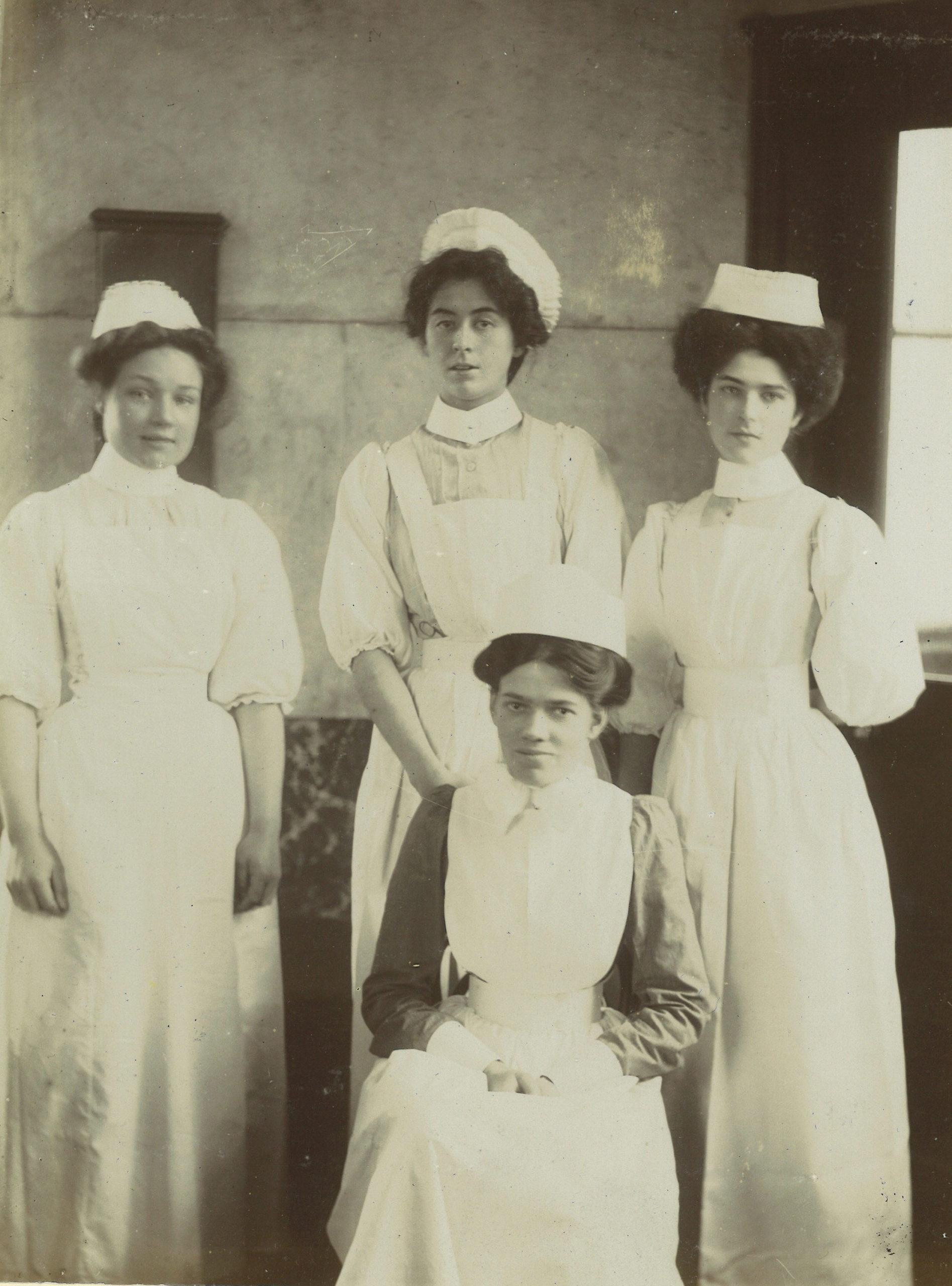 Nurses in uniform, 1890s
